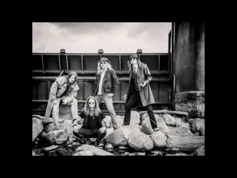 Zdhymadlo - ZDHYMADLO - PRŮŘEZ CD 2015