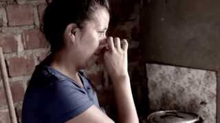 SOLO GOLPES: ES UN TEMA QUE NARRA LA VIOLENCIA FAMILIAR TEMA DEL DISCO NN LA VOZ HIP HOP. CON LA...