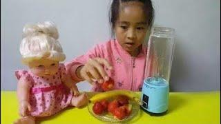 Video Fãs Da Barbie U Juicer Suco De Suco De Banana Delicioso Morango MP3, 3GP, MP4, WEBM, AVI, FLV Oktober 2017
