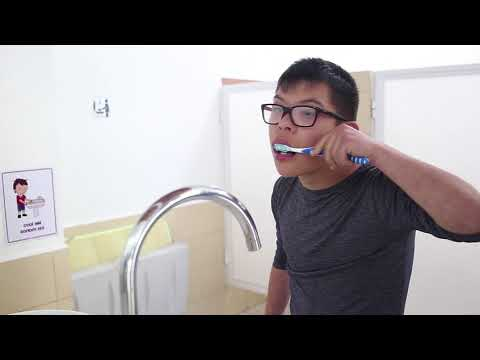 Watch video Tutorial lavado de dientes