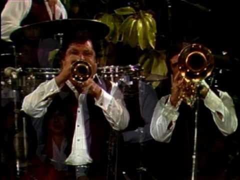 Banda Sinaloense El Recodo – El Niño Perdido
