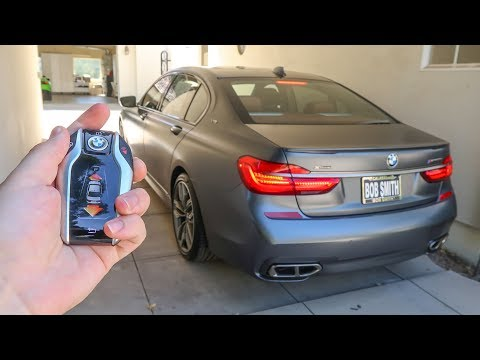 5 Insane Features Of The 2018 Bmw M760i!