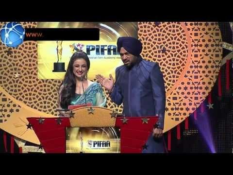 Gurpreet Ghuggi & Divya Dutta Hosts Punjabi International Film Academy Awards (Full Comedy Package)