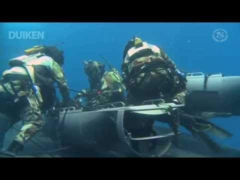 Kikvorsmannen trainen ontsnapping onderzeeboot