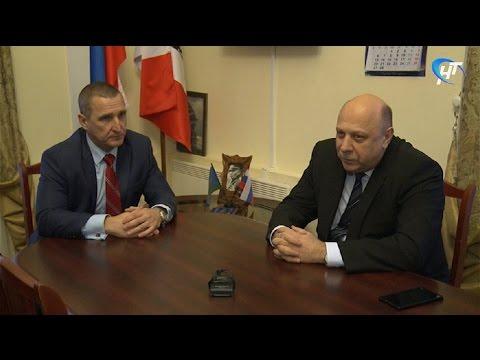 Вице-губернатор Александр Тарасов встретился с представителями компании «Питеравто» в Правительстве региона