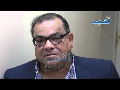 """والد أحد المعتقلين: """"ابنى دافع عن البنات ضد تحرش الأمن وانا فخور بيه"""""""
