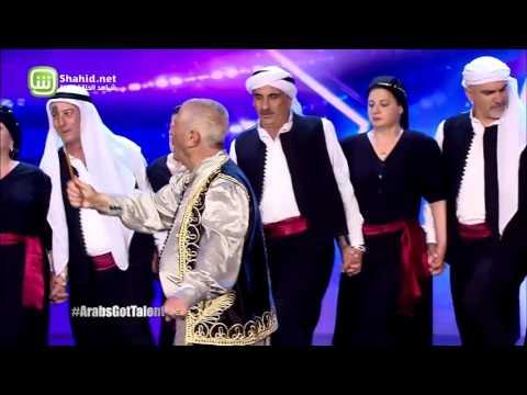 عينا نجوى كرم تدمعان أمام رقصة الدبكة اللبنانية في Arabs Got Talent
