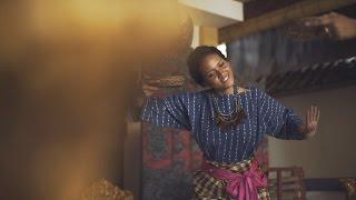 HIVI! - Siapkah Kau 'tuk Jatuh Cinta Lagi (Official Music Video) - Dalila Azkadi
