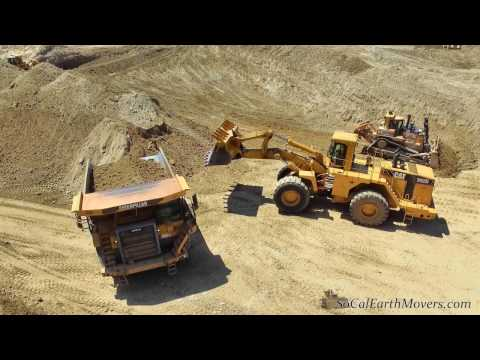 Video From cut to fill...CAT 992G loading 777F's download in MP3, 3GP, MP4, WEBM, AVI, FLV January 2017