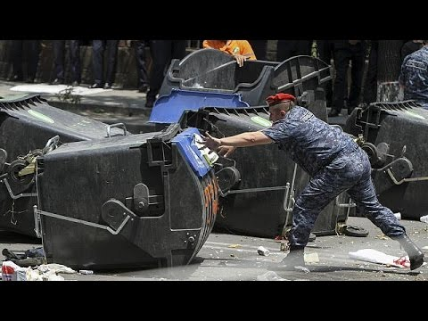 Αρμενία: Συμπλοκές μεταξύ διαδηλωτών και αστυνομικών