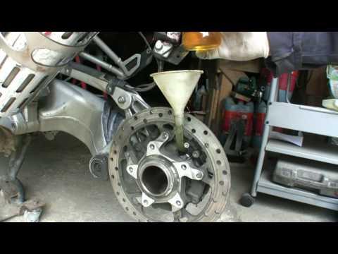BMW 1200GS Final drive oil change, Napęd Główny wymiana oleju