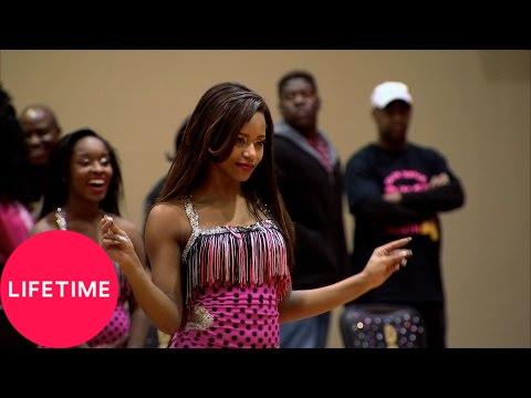 Bring It!: Stand Battle: Dolls vs. Divas of Olive Branch - Fast (Season 3, Episode 11) | Lifetime