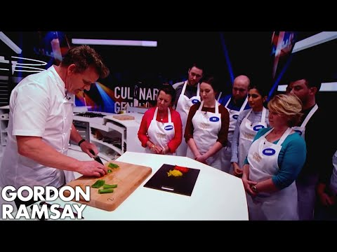 Gordon Ramsay Demonstrates How to Dice, Julienne & Baton Peppers