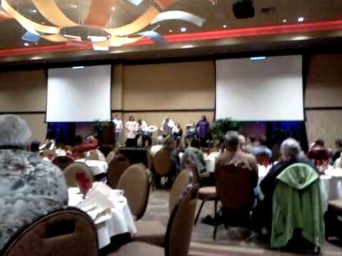 Who new (Eskimos) Dancing at a Wa.Indian casino