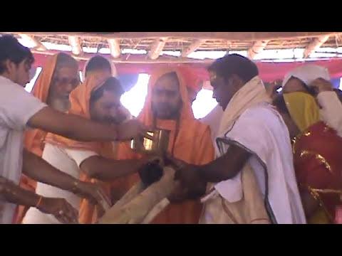 satyaprajnananda - Vishnu maha Yajna - Purnahuti : Paramahansa Swami Satyaprajnananda Saraswati Jaipatna, kalahandi, Odisha, Orissa Viswatmachetana Parishad.