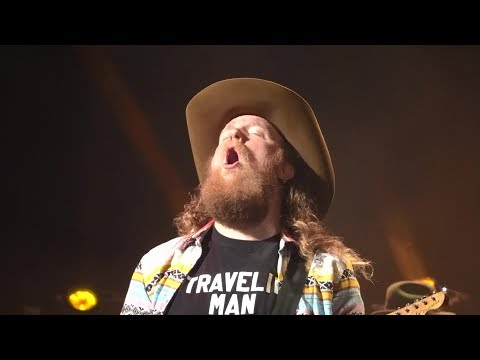 Brothers Osborne - Shoot Me Straight + I Don't Remember Me (Before You)