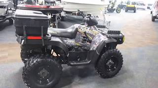 6. 2004 Polaris Sportsman 700 Twin   UA309 024