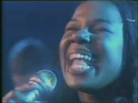 Randy Crawford: One Day I'll Fly Away (I flew away  ...