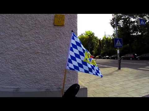 Bayrische Fahne im Wind
