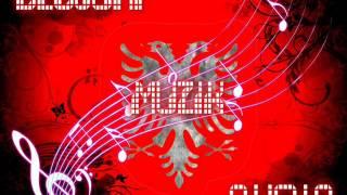 SA BUKUR TE RI FUSTANI (NAKE KAPLLANI)--(DEGJONI MUZIK SHQIP LIVE 2013)