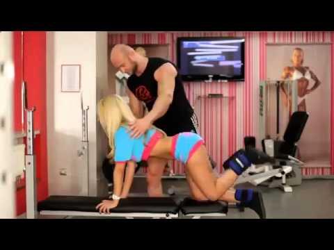 Упражнения для мышц груди в зале