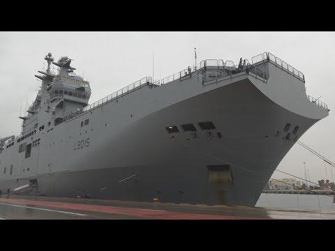 Video - Επίσκεψη Παναγιωτόπουλου στο γαλλικό ελικοπτεροφόρο πλοίο Dixmude