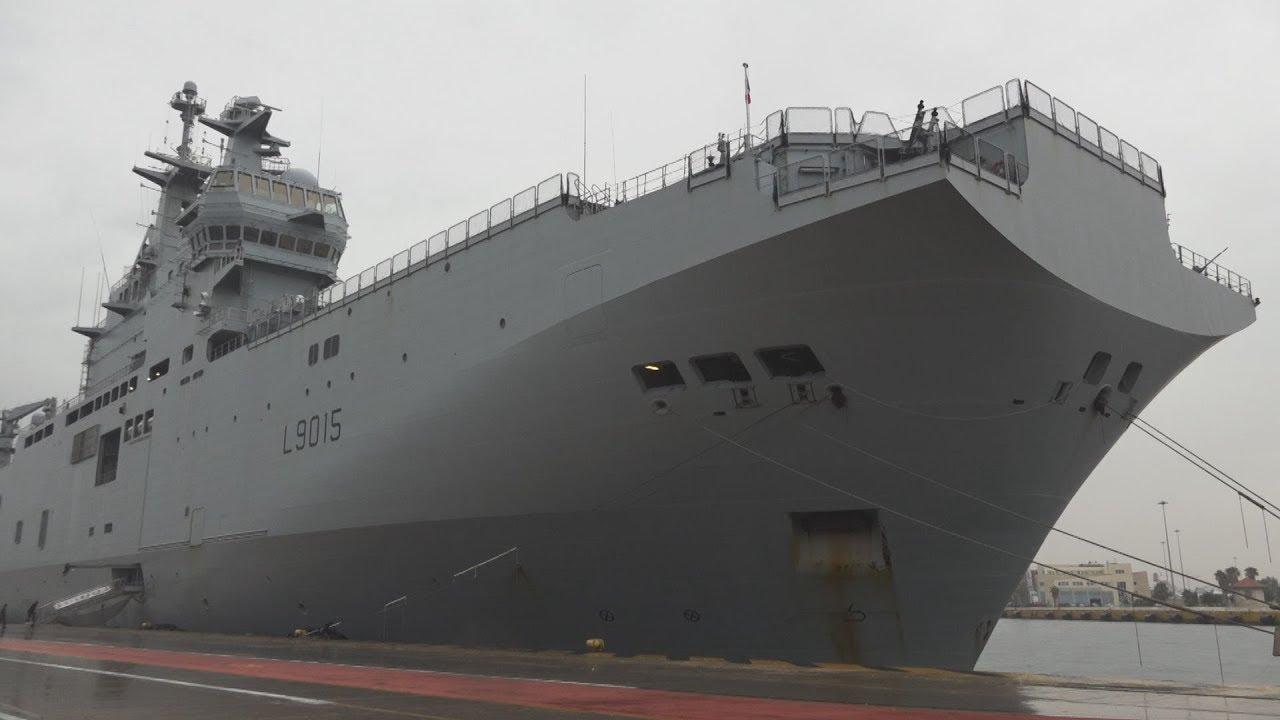 Επίσκεψη στο Γαλλικό ελικοπτεροφόρο πλοίο Dixmude που είναι ελλιμενισμένο στον Πειραιά