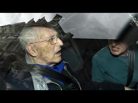 Μ. Βρετανία: 87χρονος Λόρδος κατηγορούμενος για κακοποίηση ανηλίκων