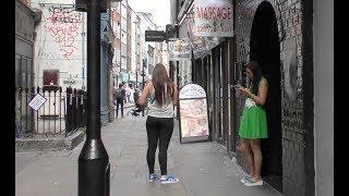 Video SOHO LONDON RED LIGHT AREA Walkabout | CHINATOWN | Massage Girls | Newport Court | Lisle Street MP3, 3GP, MP4, WEBM, AVI, FLV Mei 2019