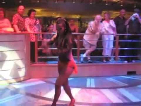Сольная женская партия в танце сальса - выступление