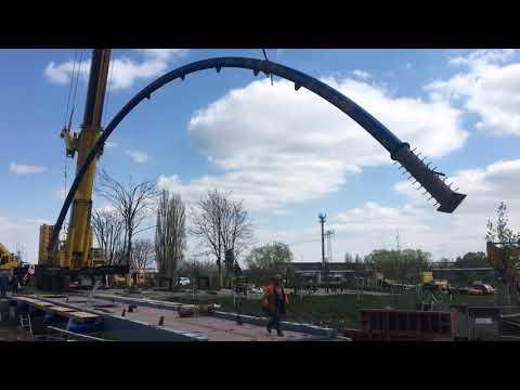 Bogen für neue Brücke in Erfurt eingeschwenkt