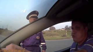 Typ ostro pojechał policjantom z drogówki