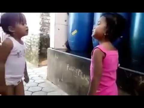 Kelucuan anak kecil lagi berantem adu mulut
