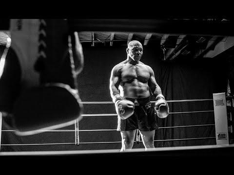 مايك تايسون .. أسطورة الملاكمة المثير للجدل