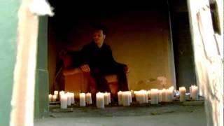 video mono humanoalieno