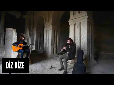 Koray AVCI - Diz Dize (Akustik) (видео)