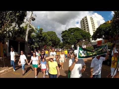 PROTESTO em Cianorte contra a corrupção no BR