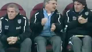 Golazo de Cavani en el empate de Uruguay