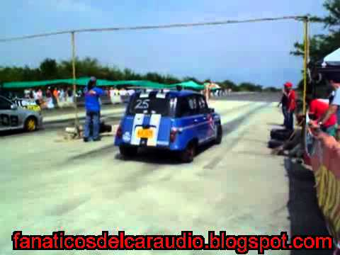 Renault 4 Vs Swift en Pique 1/4 de Milla Cali Colombia