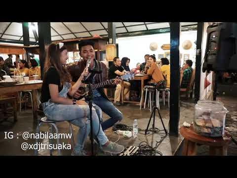 TAK IKHLASNO - HAPPY ASMARA (LIRIK) LIVE AKUSTIK BY NABILA SUAKA FT. TRI SUAKA