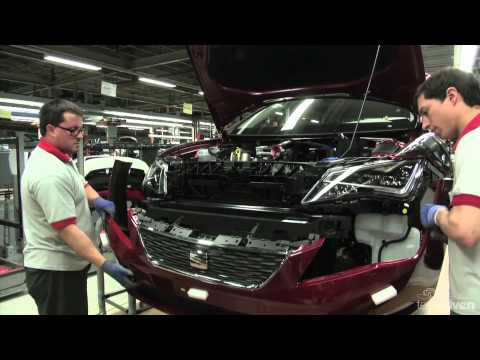 seat - Footage of the SEAT Leon production line at the Martorell factory.