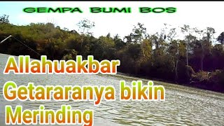 Video Asik mancing tiba tiba GEMPA BUMI. MP3, 3GP, MP4, WEBM, AVI, FLV Oktober 2018