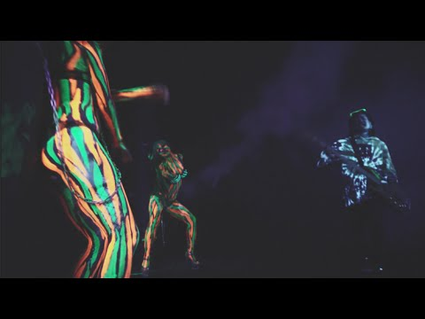 BIG UP(OFFICIAL VIDEO)