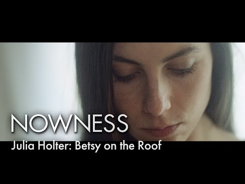 Watch Julia Holter perform 'Betsy On The Roof' live from inside London St. Pancras clock tower