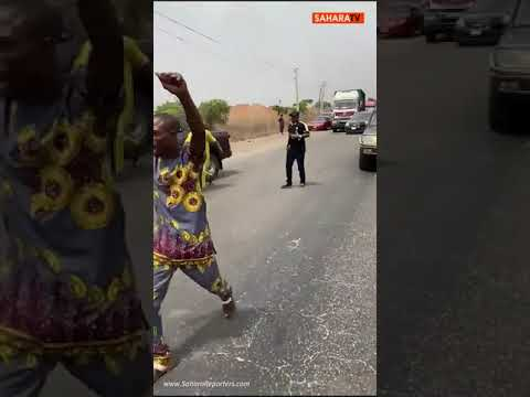 Military, DSS and Police Operatives Attempt To Arrest Sunday Igboho On Ibadan-Lagos Expressway