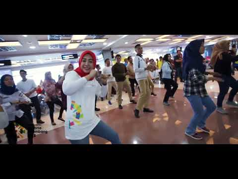 FLASH MOB - ENERGY 0F ASIA - MINANGKABAU AIRPORT
