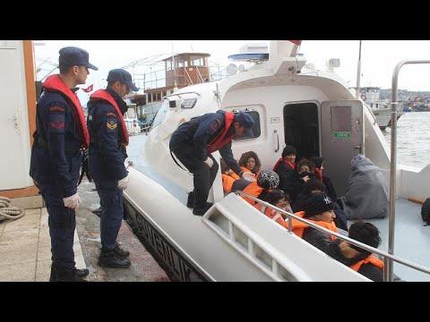 Διασώθηκαν 44 μετανάστες από βραχονησίδα