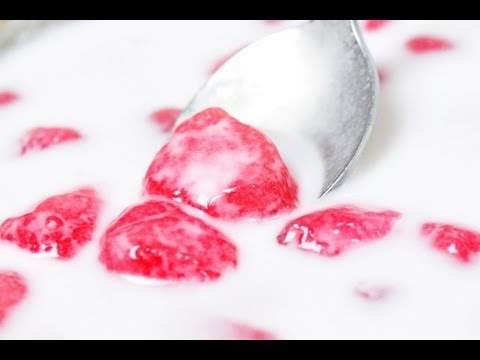 [Thai Dessert] Crispy Ruby  – Red Water Chestnuts in Coconut Milk (Tub Tim Grob)
