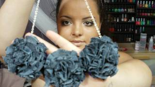 DIY: Flower PomPom Necklace ♡ Theeasydiy #FashionDIY - YouTube