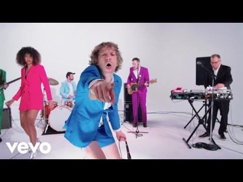 VIDEO: !!! (Chk Chk Chk) - 'NRGQ' (Live Music Video)